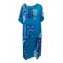 Šaty dlouhé v nadměrné velikosti